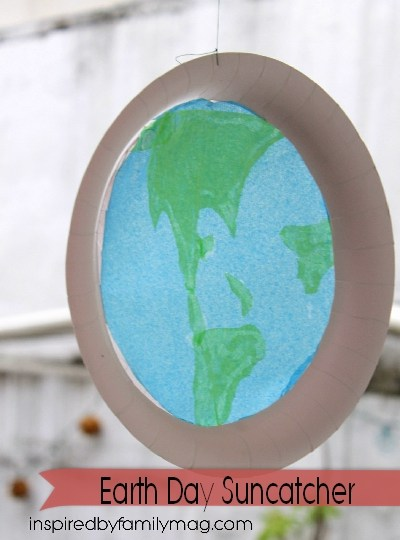 Earth Day Kids Activity: Earth Suncatcher