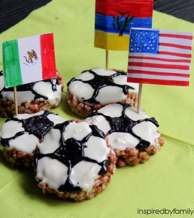 Soccer Ball Rice Krispie Treats