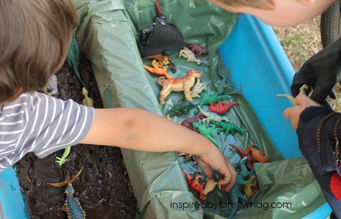 dinosaur play activities