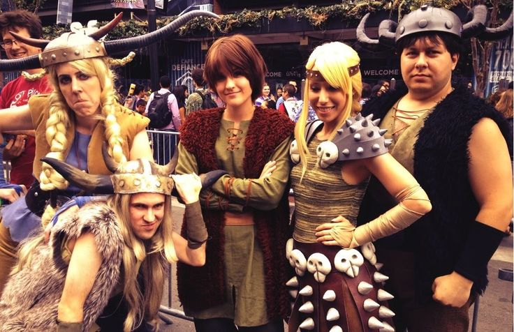 how to train a dragon costumes