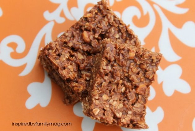 healthy chocolate peanut butter bars