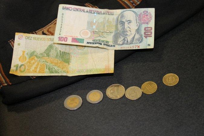 peru money