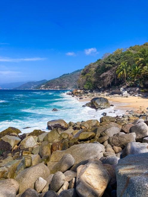 Hike views of Boca De Tomatlan Trail