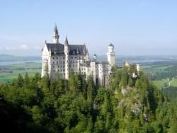 neuschwanstein castle side view