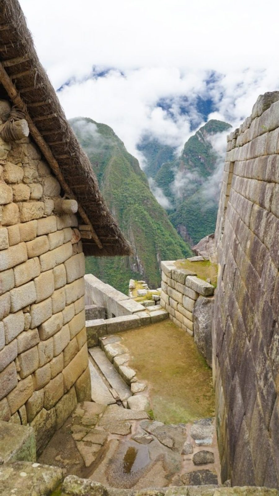 An Honest Guide to Machu Picchu by Car on the Cheap!