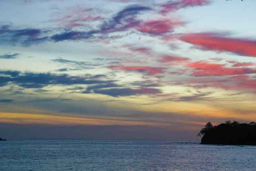Ten Things You Absolutely Cannot Miss in Santa Catalina Panama Sunset