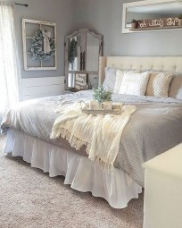 48+ beautiful Farmhouse Style Master Bedroom Ideas 20