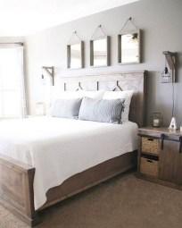 48+ beautiful Farmhouse Style Master Bedroom Ideas 22