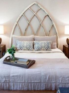 48+ beautiful Farmhouse Style Master Bedroom Ideas 24