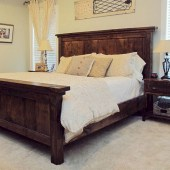48+ beautiful Farmhouse Style Master Bedroom Ideas 28