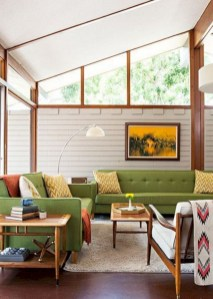 52+ Amazing Mid Century Living Room Decor Ideas 18