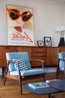 52+ Amazing Mid Century Living Room Decor Ideas 26