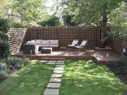 Amazing 9+ Backyard Privacy Fence Landscaping Ideas On A Budget 04