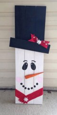 23+ Cool DIY Crafts Wooden Christmas Ideas (13)