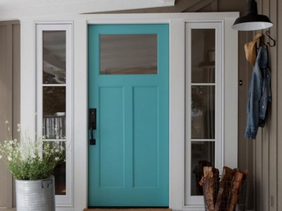 25+ Awesome Farmhouse Exterior Front Door Ideas (18)
