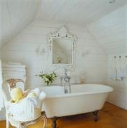 25+ Beautiful Shabby Chic Romantic Bathroom Ideas (18)