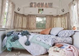 38+ Cozy RV Living Tips to Make Your Road Trips Awesome (13)