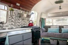 45+ Marvelous Rural Modern RV Tour Remodel Ideas (6)