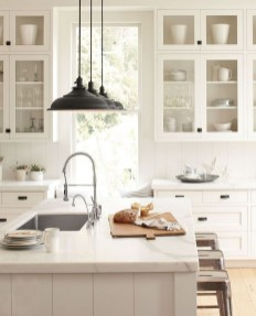 50+ Amazing Modern Farmhouse Kitchen Cabinets Decor Ideas 19