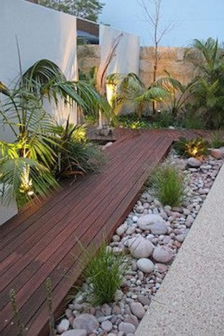 58+ Beautiful Low Maintenance Front Yard Landscaping Ideas (58)