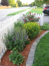 63+ Inspiring DIY Front Yard Privacy Fence Remodel Ideas (13)