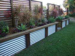 63+ Inspiring DIY Front Yard Privacy Fence Remodel Ideas (25)