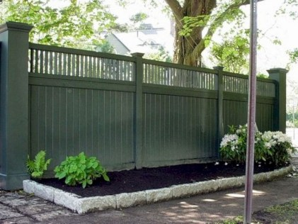 63+ Inspiring DIY Front Yard Privacy Fence Remodel Ideas (29)