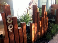 63+ Inspiring DIY Front Yard Privacy Fence Remodel Ideas (49)