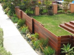 63+ Inspiring DIY Front Yard Privacy Fence Remodel Ideas (60)