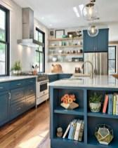 70+ Amazing Farmhouse Gray Kitchen Cabinet Design Ideas 22