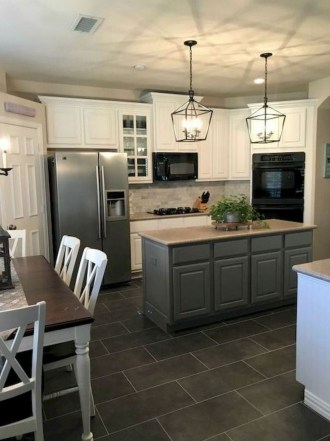 70+ Amazing Farmhouse Gray Kitchen Cabinet Design Ideas 70