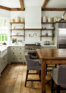 75+ Rustic Farmhouse Style Kitchen Makeover Ideas 19