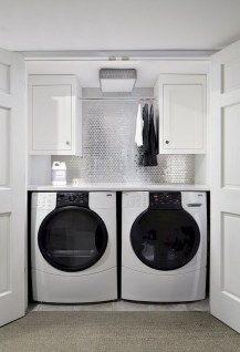 55+ Inspiring Simple and Awesome Laundry Room Ideas (32)