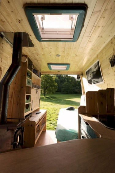 82+ Inspiring RV Camper Van Interior Design and Organization Ideas (10)