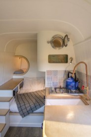 82+ Inspiring RV Camper Van Interior Design and Organization Ideas (45)