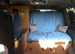 82+ Inspiring RV Camper Van Interior Design and Organization Ideas (7)