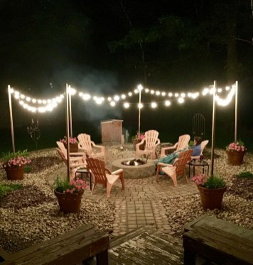 26+ Awesome DIY Fire Pit Plans Ideas With Lighting in Frontyard (11)