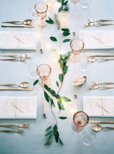 30+ Awesome Party Table Decorations Ideas For Your Special Moment (5)