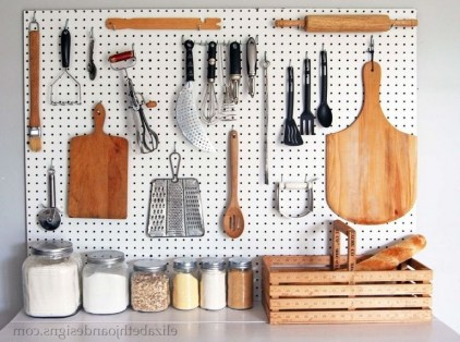 40+ Brilliant Ways To Organize Your Home With Pegboards (41)