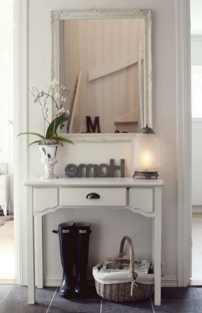 46+ Beauty Chic and Simple Entrance Ideas for Your House (40)
