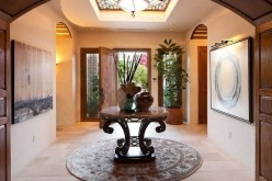 46+ Beauty Chic and Simple Entrance Ideas for Your House (42)