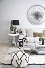 93+ Comfy Apartment Living Room in Black and White Style Ideas (25)