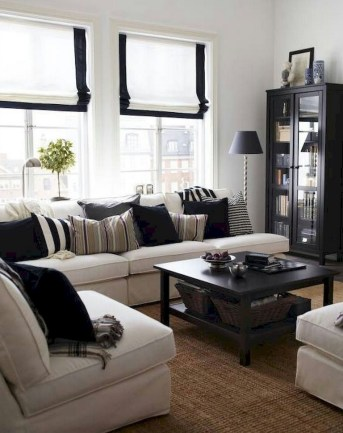 93+ Comfy Apartment Living Room in Black and White Style Ideas (35)