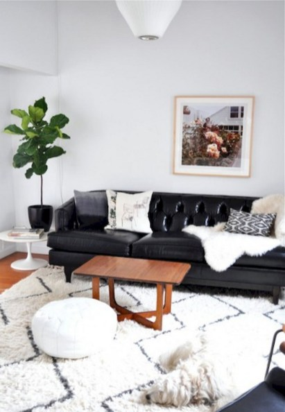 93+ Comfy Apartment Living Room in Black and White Style Ideas (84)