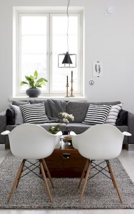 93+ Comfy Apartment Living Room in Black and White Style Ideas (93)