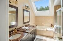 29+ Remarkable Bathroom Design Ideas 30