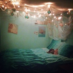 36+ Sweet Mermaid Themes Bedroom Ideas For Your Children (21)