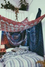 64+ SIMPLE AND EASY DIY BEDROOM CANOPY IDEAS ON A BUDGET 44