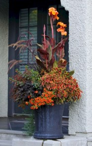 88+ Amazing Fall Container Gardening Ideas (52)