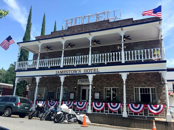 Historic Jamestown Hotel